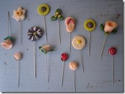 pins (1)